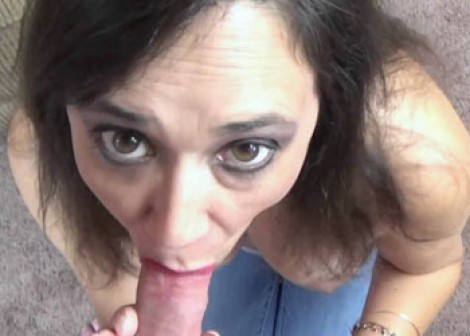 Alesia's in jeans and sucking dick